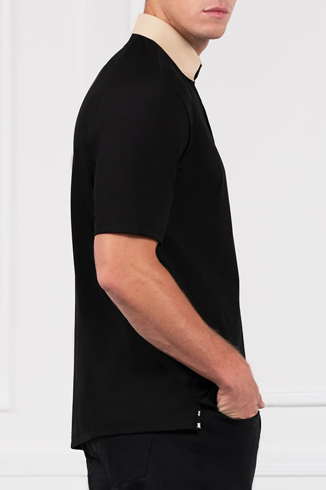 Textured Contrast Collar Polo Image 3