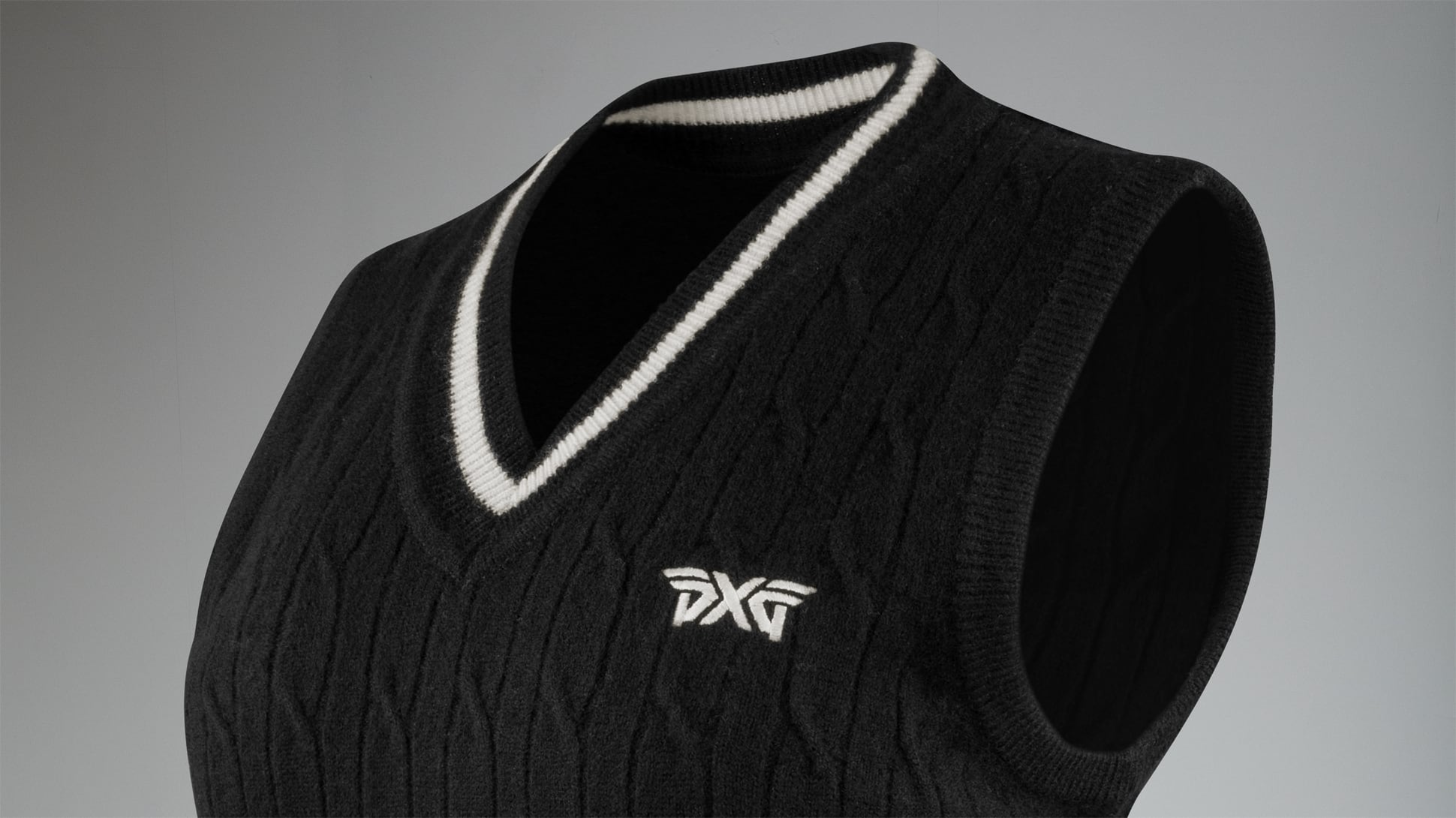 Cable Knit Wool Vest Image 2