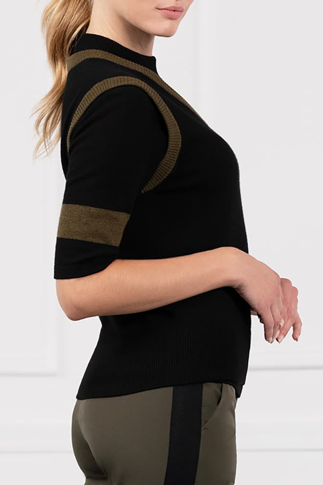 Two-Tone Sweater Vest Image 3